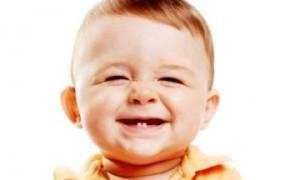 Як ростуть зуби у немовлят